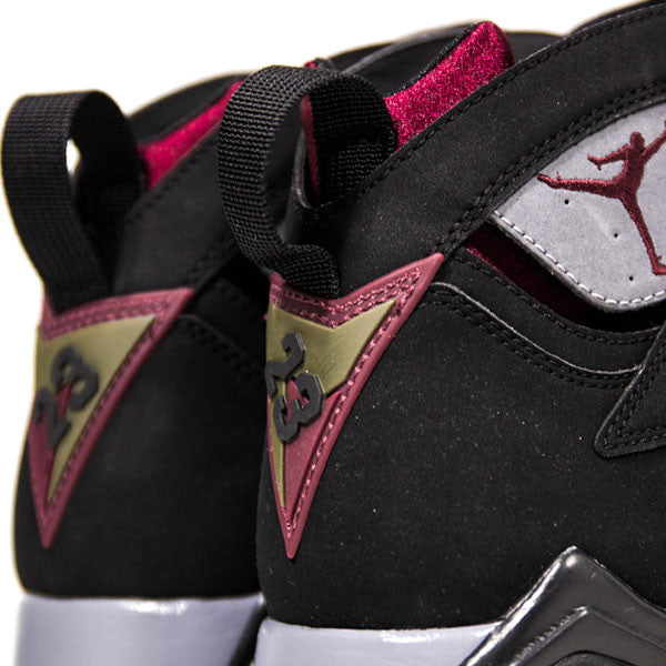 "AIR JORDAN 7 RETRO ""BORDEAUX"" 2011"