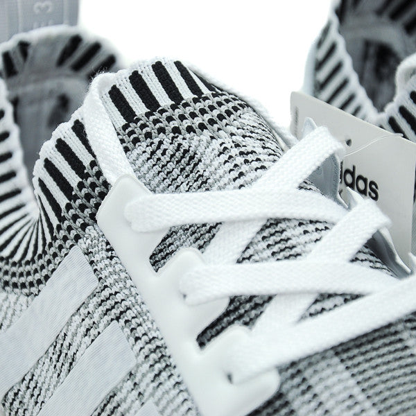 "ADIDAS NMD R1 GLITCH CAMO ""WHITE/ BLACK"""