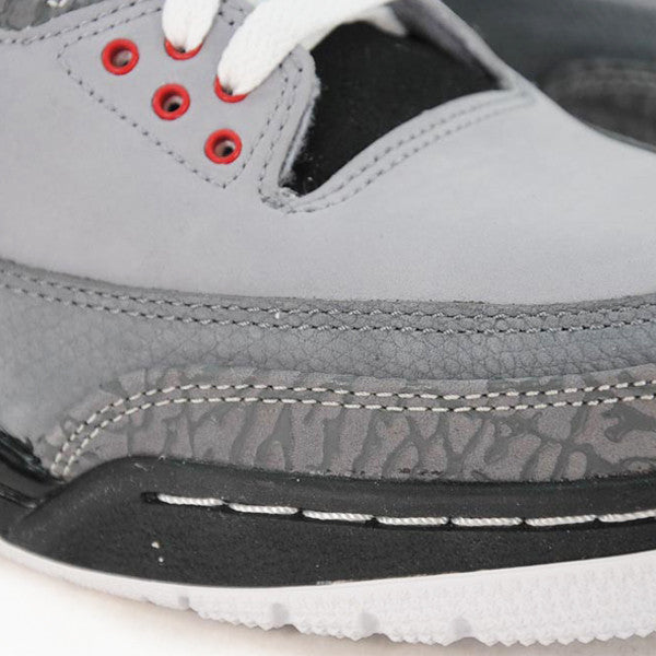 "AIR JORDAN 3 RETRO ""STEALTH"" 2011"