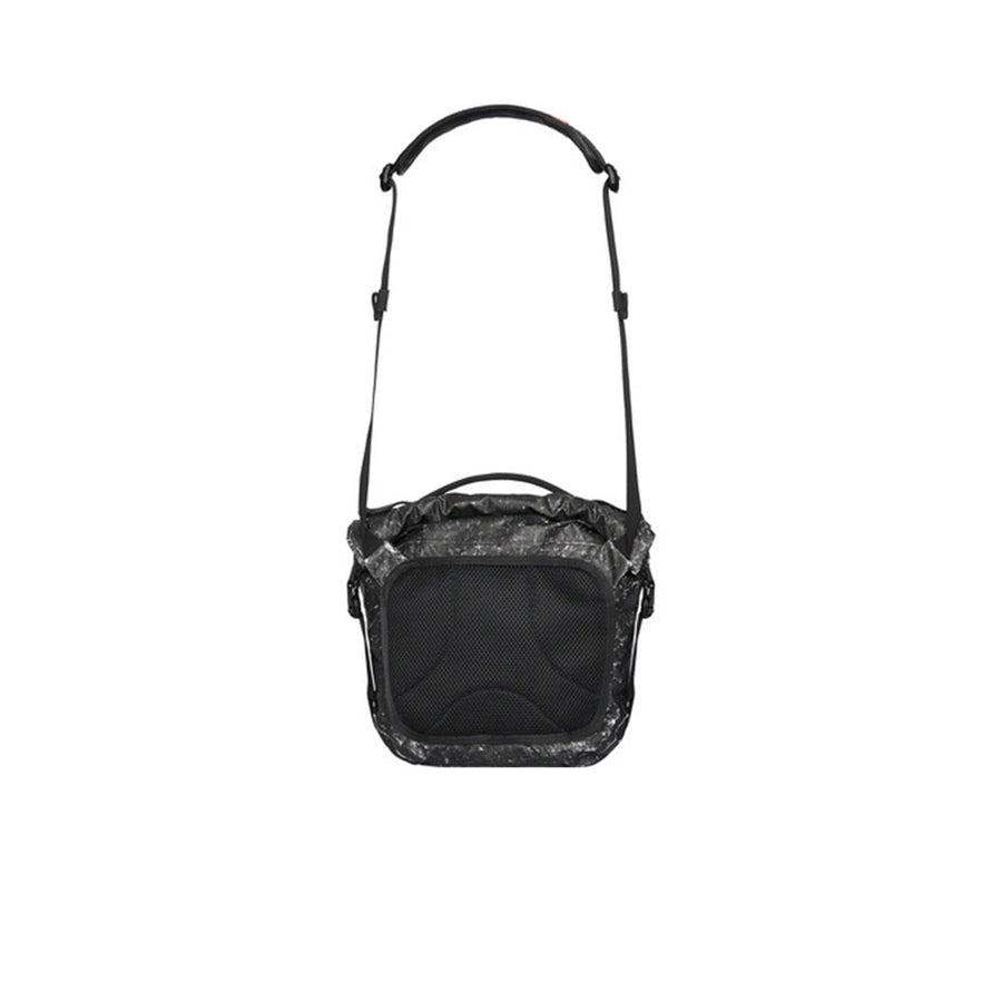 SUPREME WATERPROOF REFLECTIVE SPECKLED SHOULDER BAG BLACK FW20