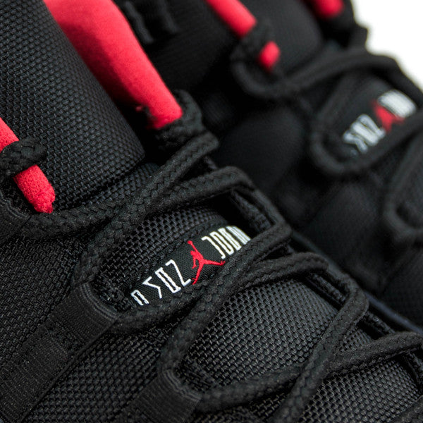 AIR JORDAN 11 RETRO LOW BRED 2015