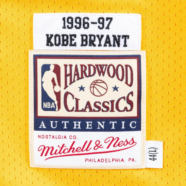 MITCHELL & NESS NBA HARDWOOD CLASSIC AUTHENTIC LOS ANGELES LAKERS KOBE BRYANT JERSEY GOLD 96-97