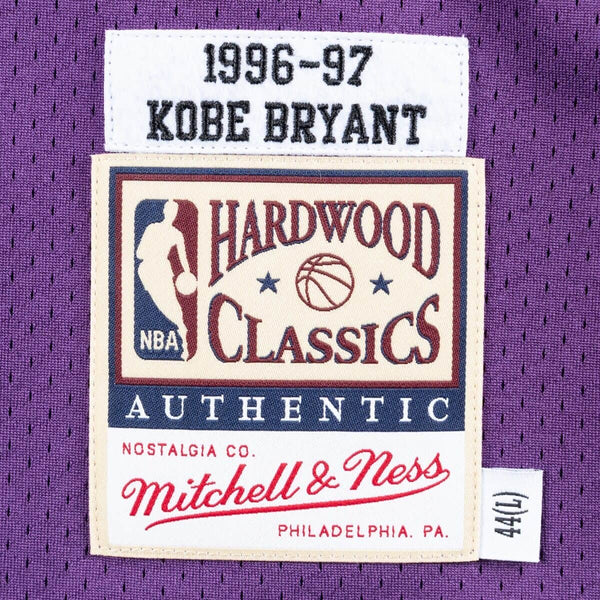 MITCHELL & NESS NBA HARDWOOD CLASSIC AUTHENTIC LOS ANGELES LAKERS KOBE BRYANT JERSEY PURPLE 96-97