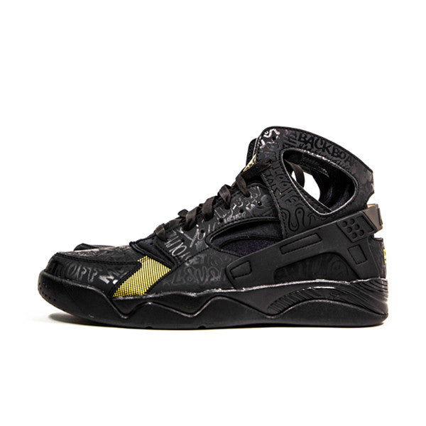 "NIKE AIR FLIGHT HUARACHE PRM QS ""TRASH TALKING"" 686203-002"