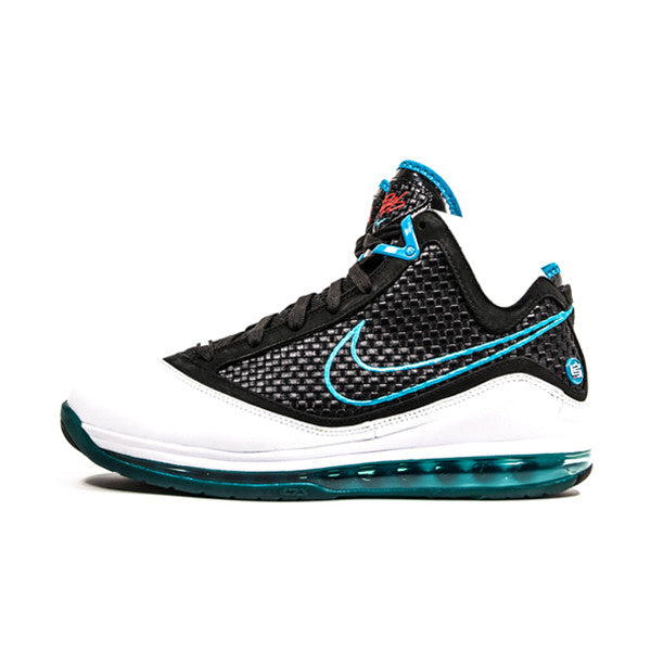 "NIKE LEBRON 7 ""RED CARPET"" 383578-101 - Stay Fresh"