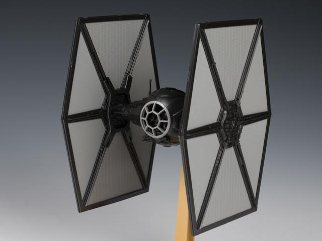Bandai Star Wars First Order Tie Fighter 1//72 Scale Building Kit 4549660032182