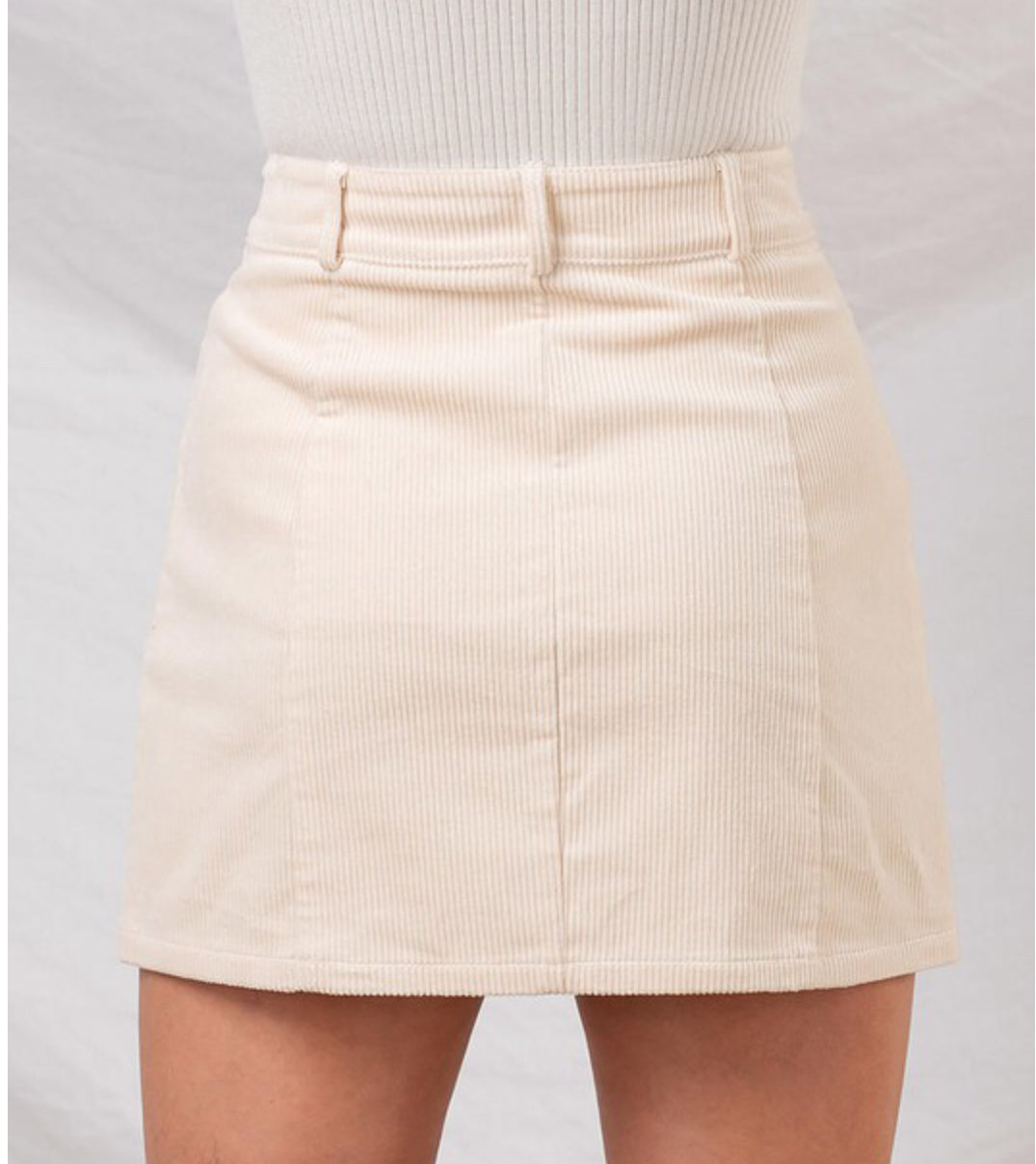 Missy corduroyed ivory skirt