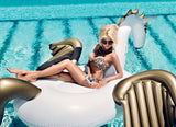 L'OFFICIEL Magazine with top model Victoria Silvstedt