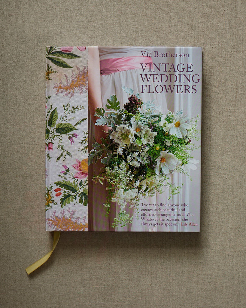 Vintage Wedding Flowers by Vic Brotherson