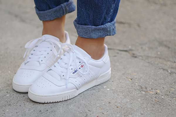 bulletin: the adidas originals powerphase is now online!