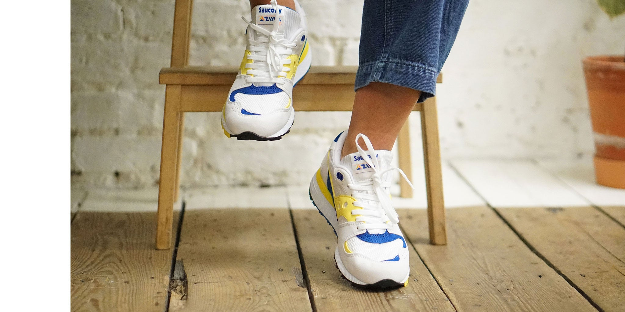 bulletin: Saucony brings the Azura back after 30 years