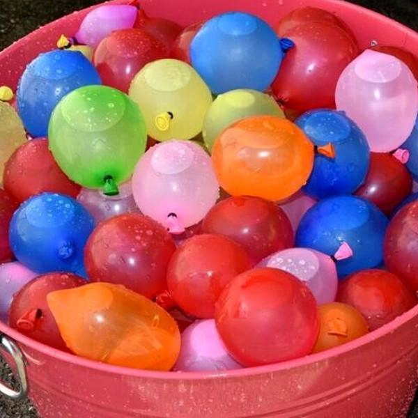 Rapid-Fill Magic Water Balloons - Fill and Seal Over 100 Water Balloons in 60 Seconds! 555 Balloons For Only $19.99 - CANADA DAY LONG WEEKEND PROMO!