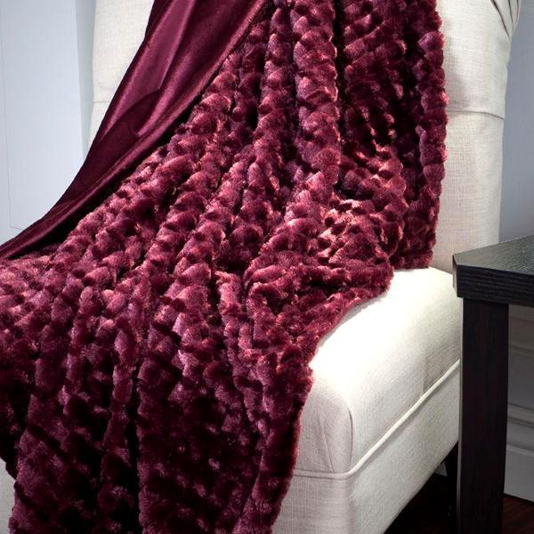Textured Super Luxurious Ultra-Soft & Plush Sherpa Throw Blanket