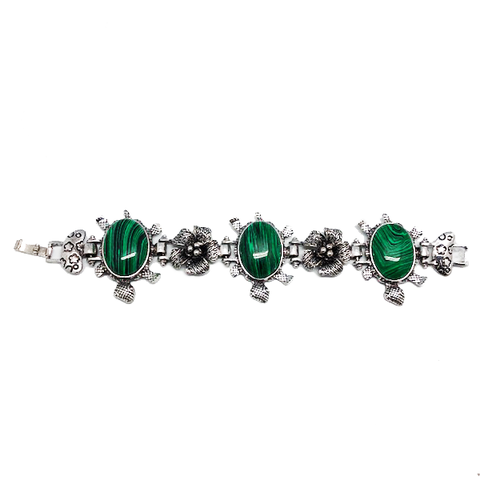 Honu Turtle Good Luck Bracelet With Jade Stone