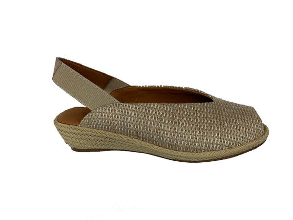 *FINAL SALE GENTLE SOULS/KENNETH COLE LUCI MULE NATURAL - GSS9033FB