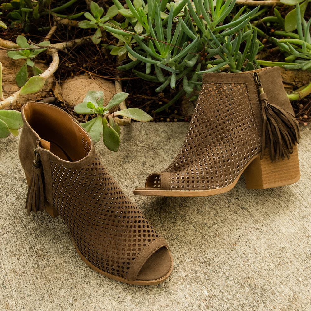 Core-18 Khaki Cut Out Peep Toe Bootie