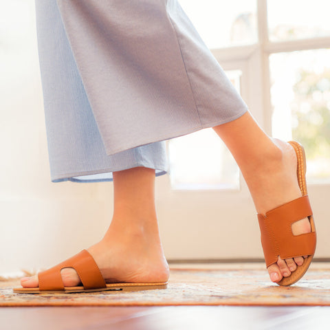 Archer-569X Cognac Slide In Sandals