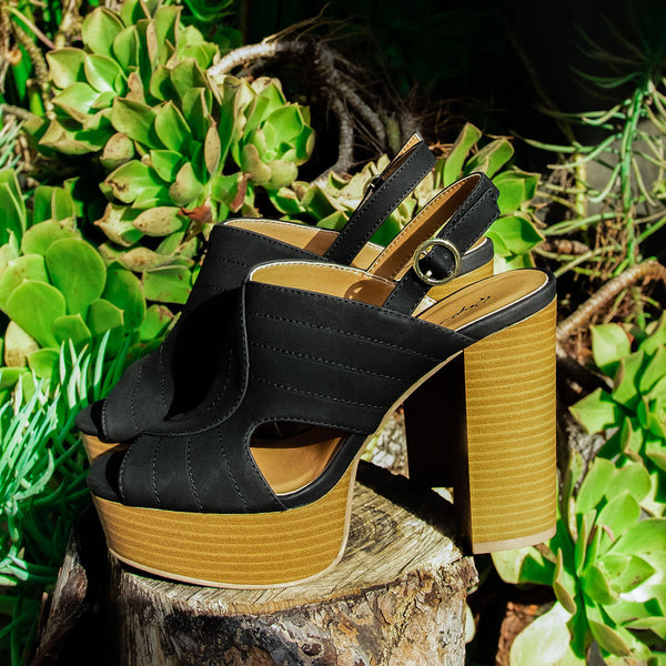 Banbi-10 Black Cut Out Mule Sandals