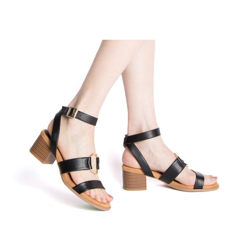 Doria-36E Black Strappy O Ring Sandals