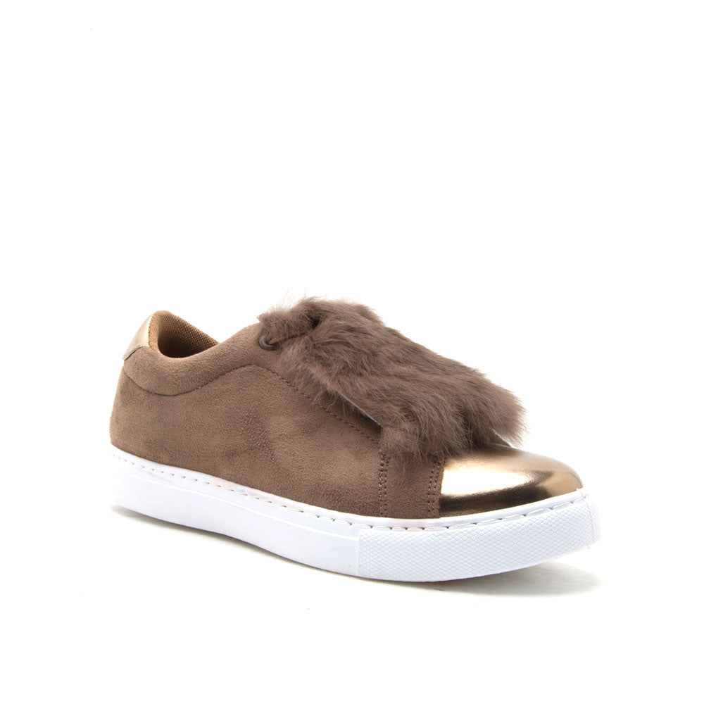 MARLOW-01 Camel Low Top Sneaker with Fur Insert