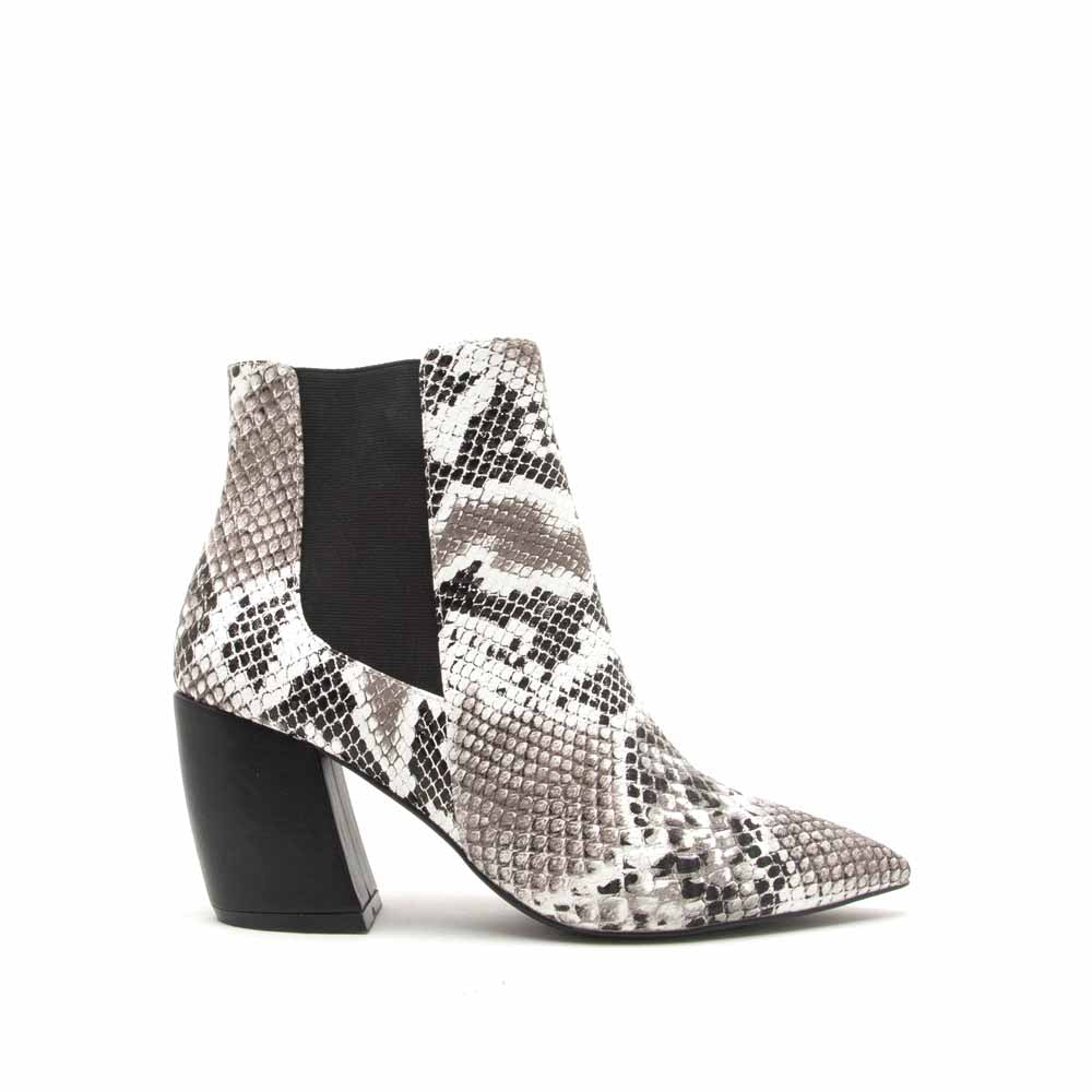 f97fb4313871 Qupid Women Shoes Milkway-07A Black White Snake Chelsea Bootie