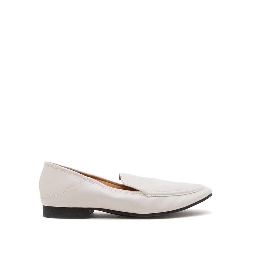Moby-52X Off White Loafer Ballerinas