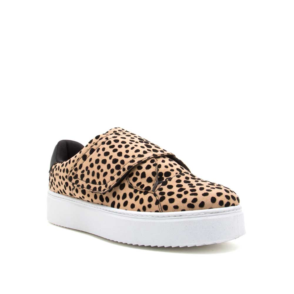 Moody-01 Tan Black Leopard Sneakers