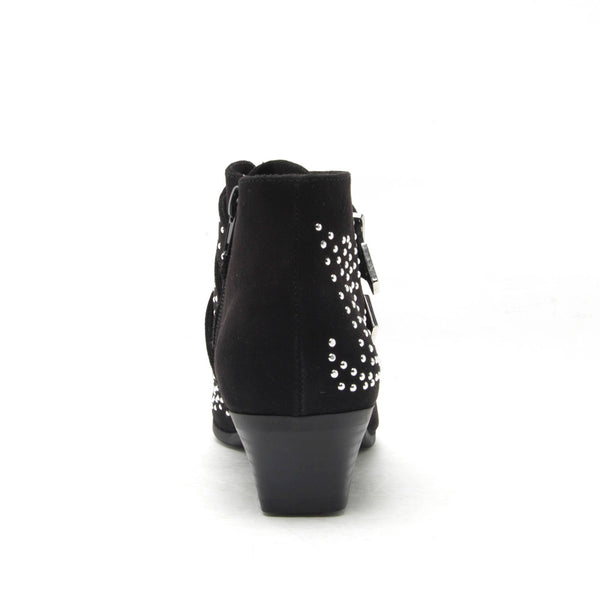 Muni-03 Black Studded Bootie