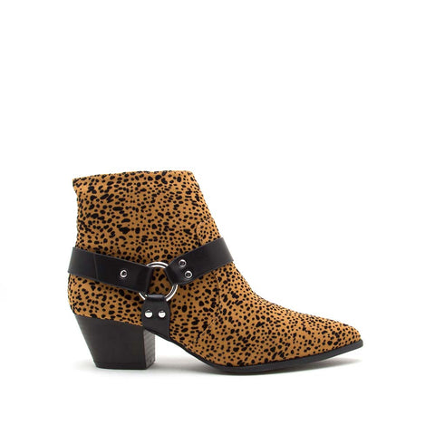 Mystique-56X Camel Black Leopard Harness On Booties