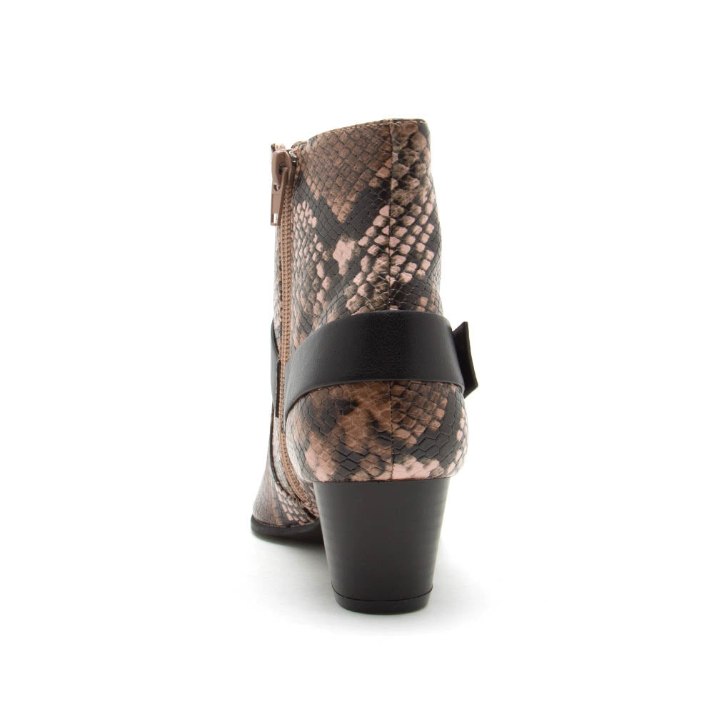 Mystique-56X Light Brown Multi Snake Harness On Booties