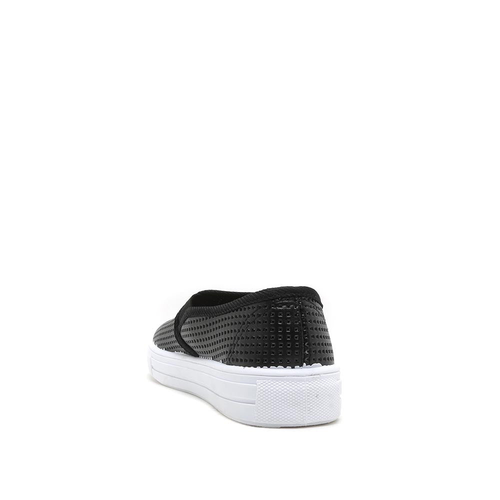 REBA-14B Black Slip On Sneaker