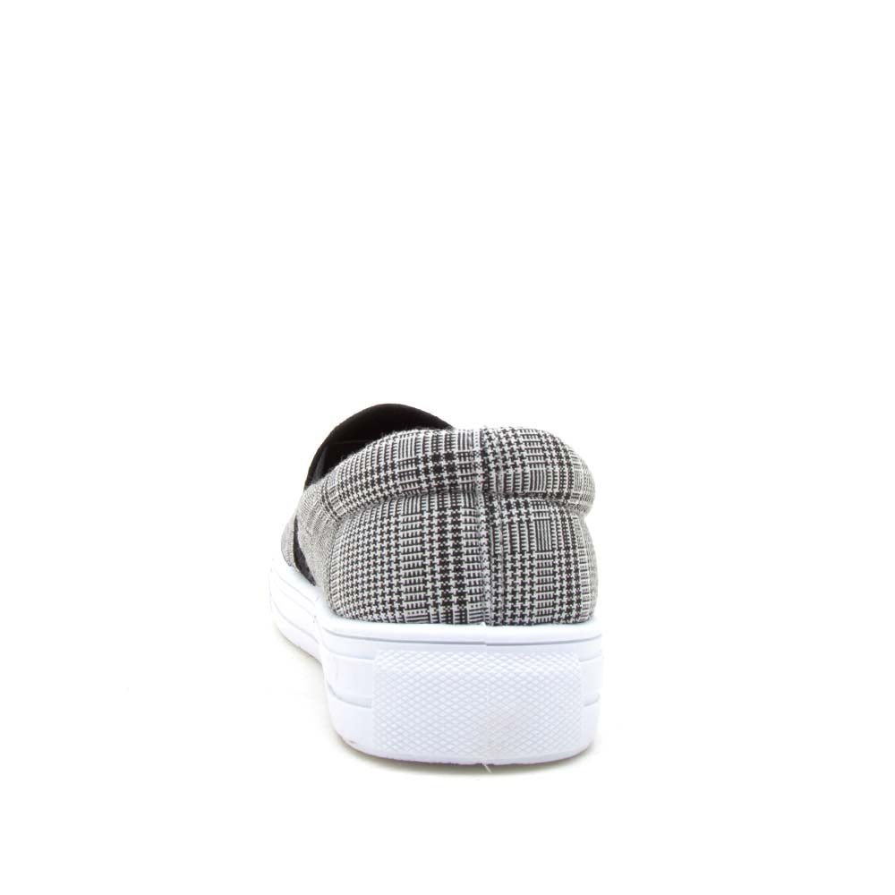 Reba-58B Black Grey Step In Sneaker