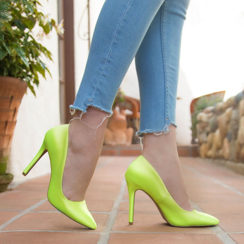 Show-70 Neon Yellow Lycra Pump