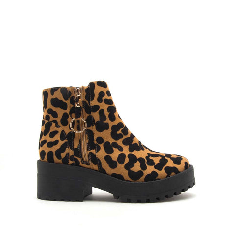 Skyscraper-01 Camel Black Leopard O Ring Booties