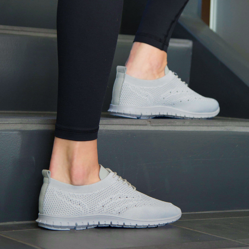 Slider-01 Grey Flynit Lace Up Sneaker