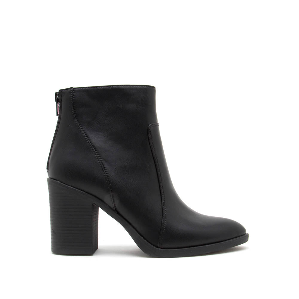 Snatch-01 Black Western Booties