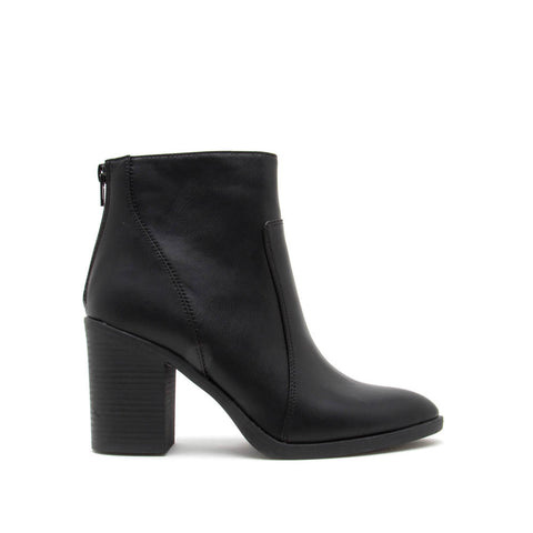 Snatch-01 Black Leatherette Western Booties