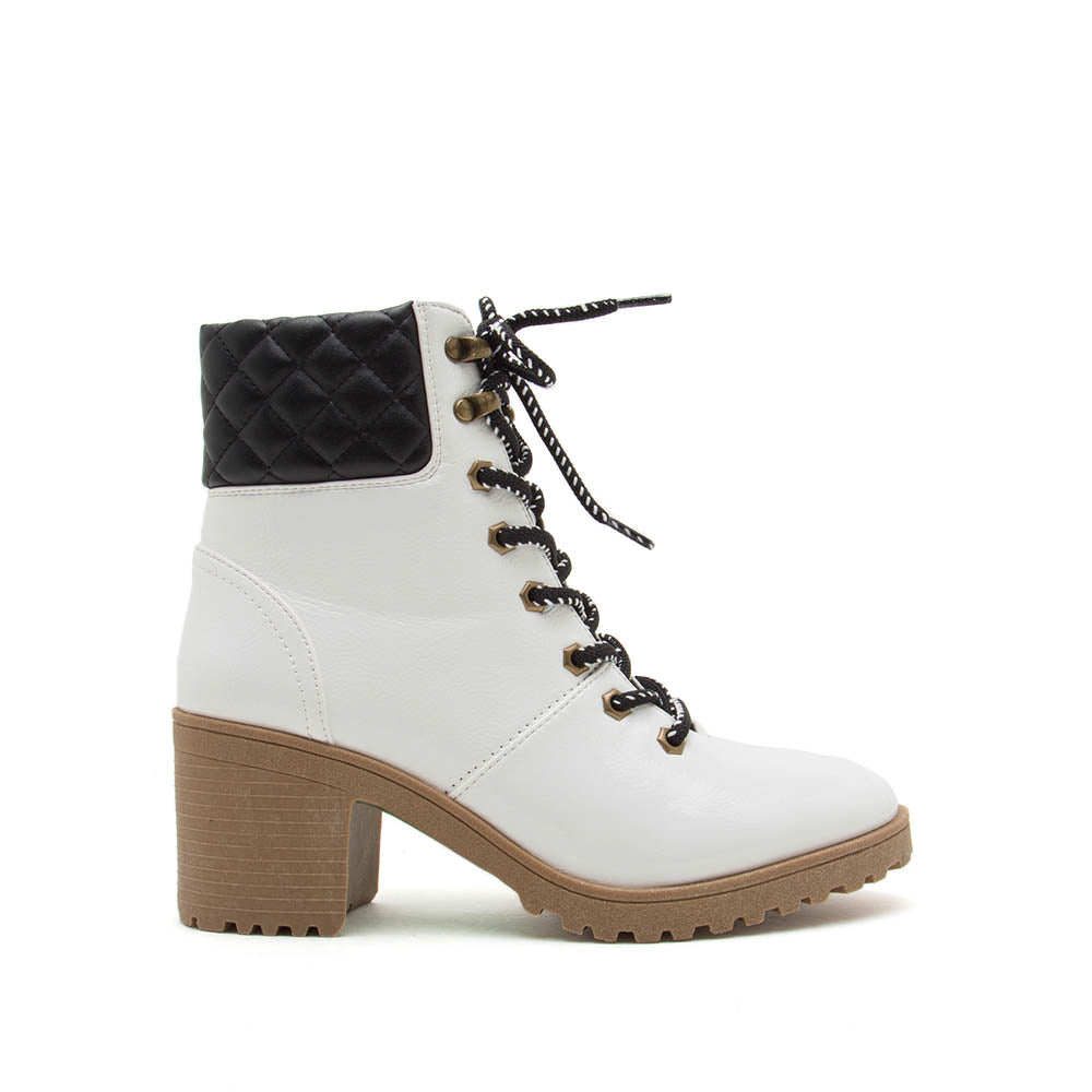 Timothy-08AXX White Crinkled Lace Up Booties