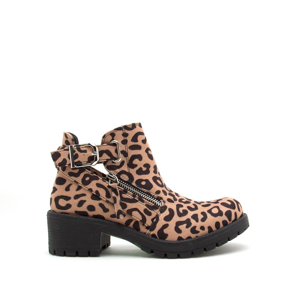 Tressa-22X Tan Black Leopard Buckle Booties