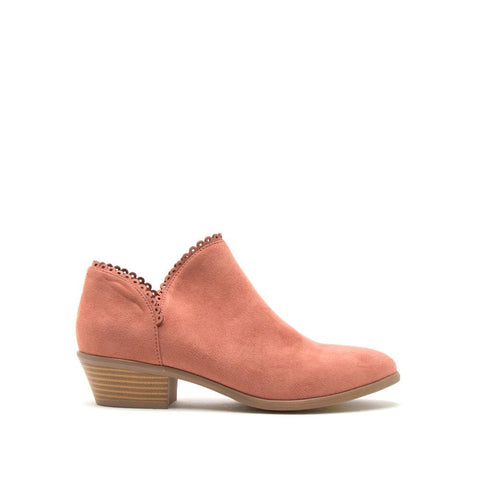 Weekend-08 Dusty Blush Scalloped Bootie