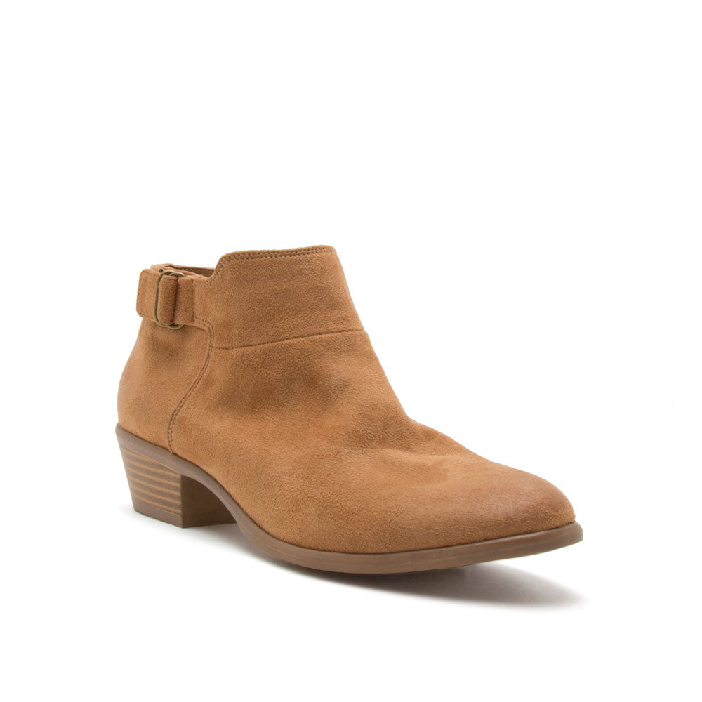 Weekend-09 Camel Buckle Strap Bootie