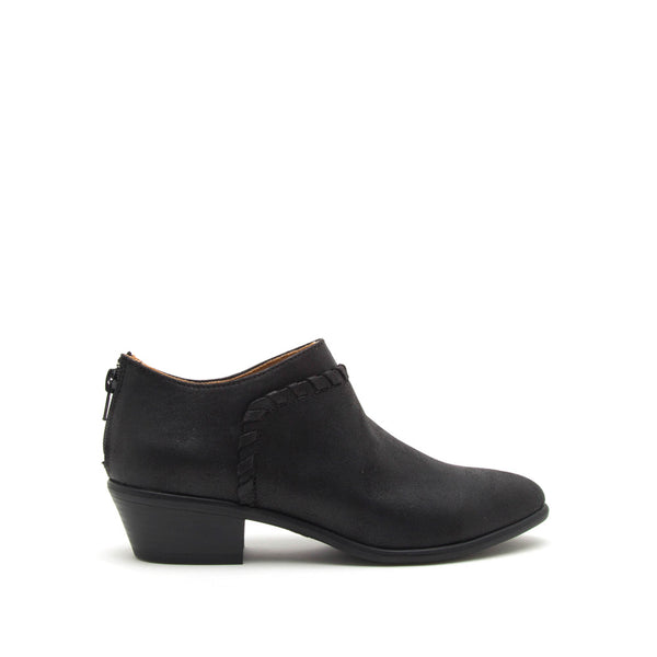 Weekend-38 Black Distressed Bootie