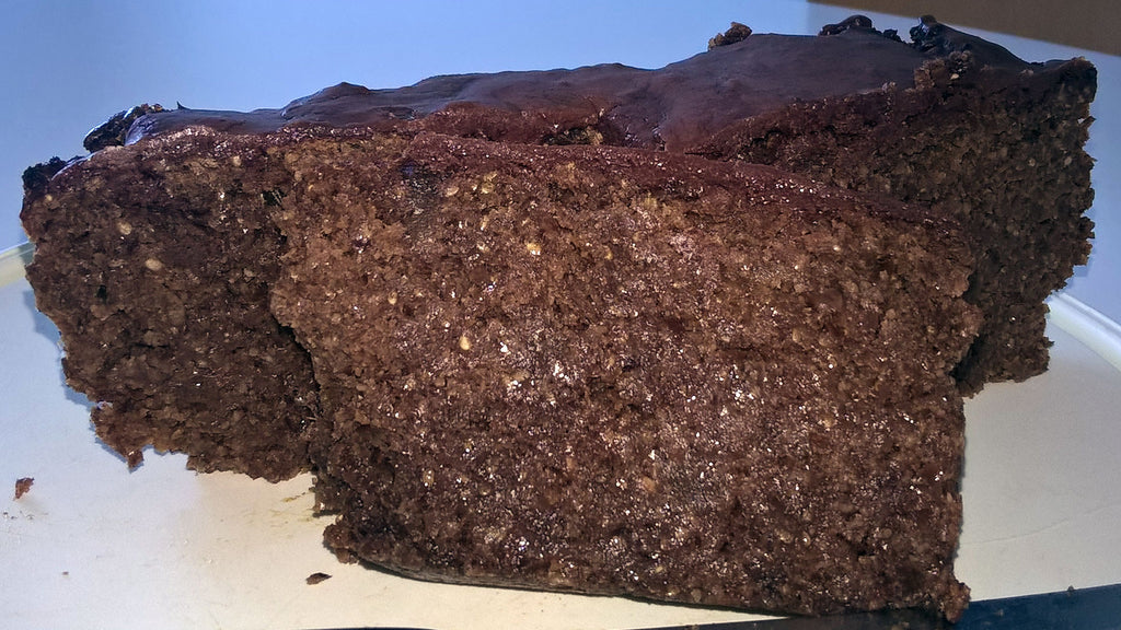 Recipe: Almond, Cacao & Chia Cake