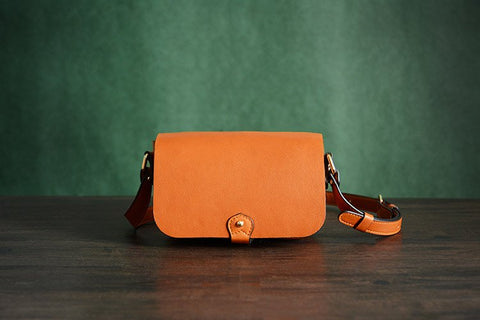 Handcrafted Italian Leather Satchel,  Ref: Mala SR-117