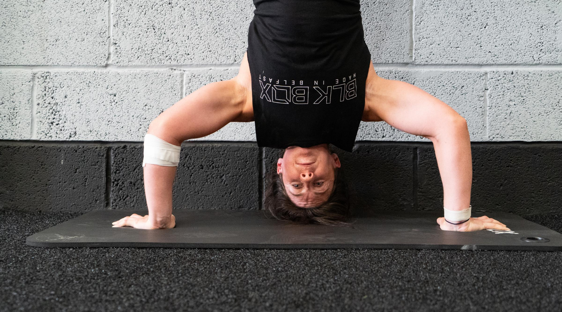 A Beginners Guide To Strict Handstand Push-ups