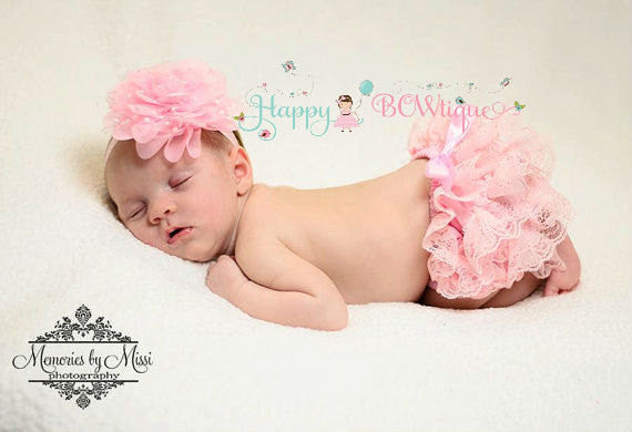 Adorable Baby Girl' Lace Bloomers perfect for 1st Birthdays & Newborn Pictures.