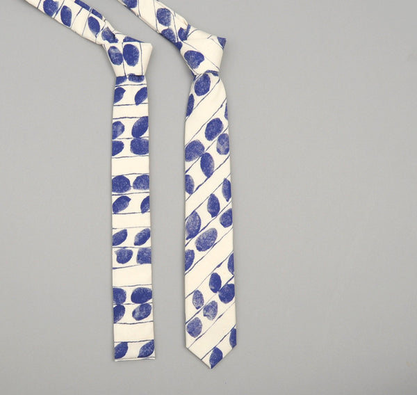 "The Hill-Side - 276 - ""Endo Leaves"" Print Necktie, Blue / Natural - ST1-276 - image 2"