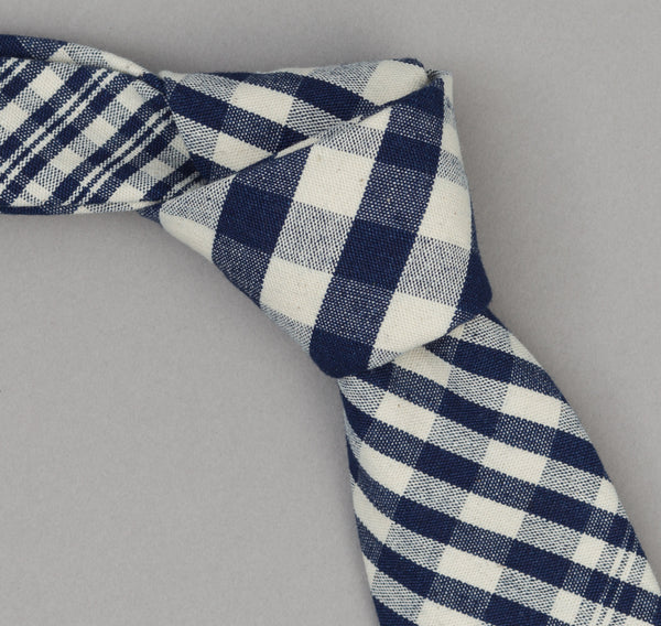 The Hill-Side Non-Repeating Check Oxford Necktie, Indigo / White
