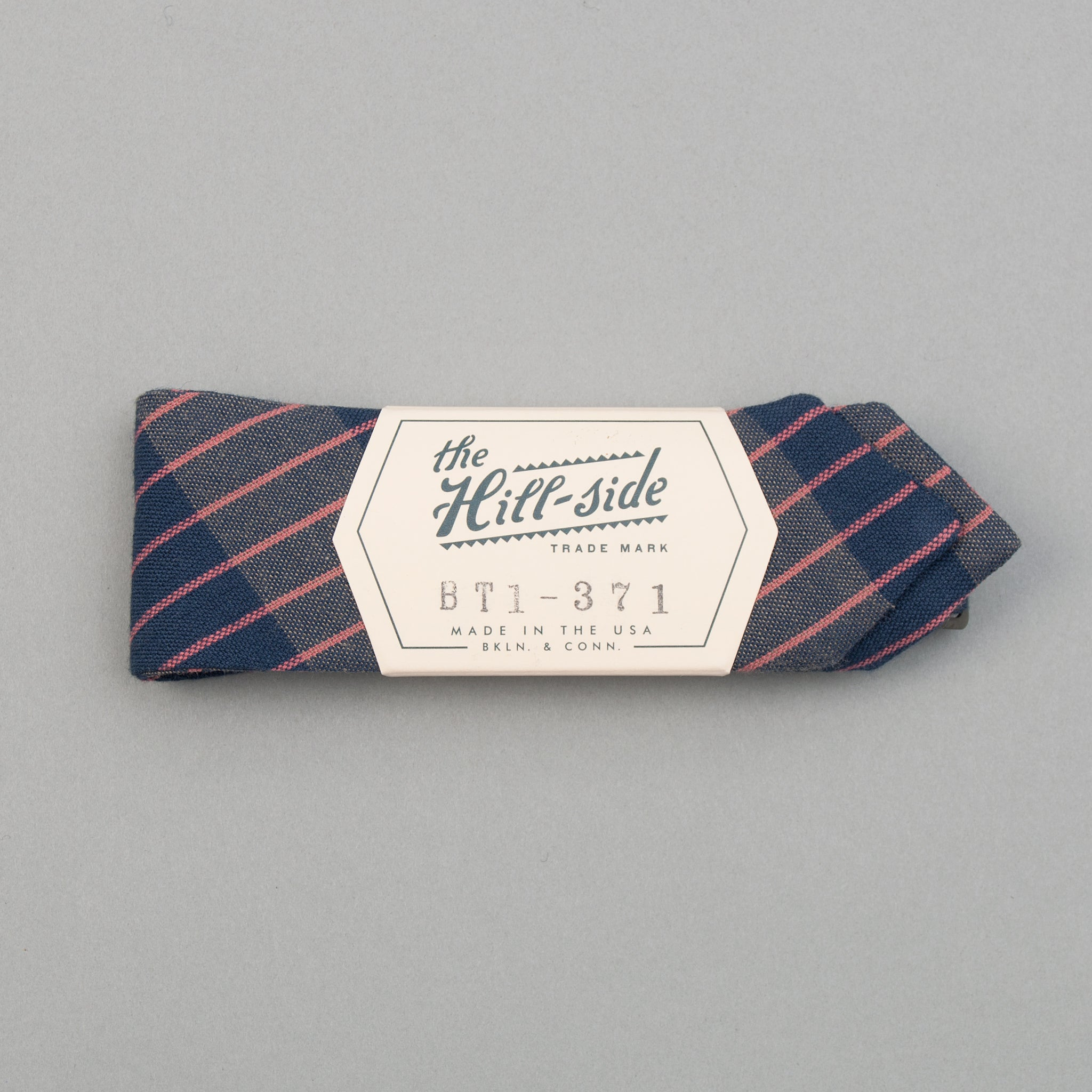 The Hill-Side - Bow Tie, TH-S Mills Navy Warp Large Grid Check, Beige & Coral - BT1-371 - image 1