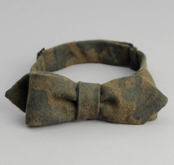 The Hill-Side - Brushed Jacquard Camouflage Bow Tie, Green - BT1-207 - image 2